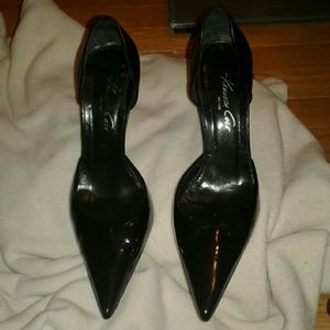 Kenneth Cole New York Valid Point Heels